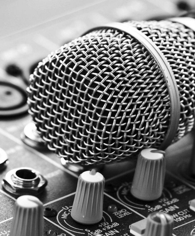 Speaker Radiofonico e Conduzione Televisiva